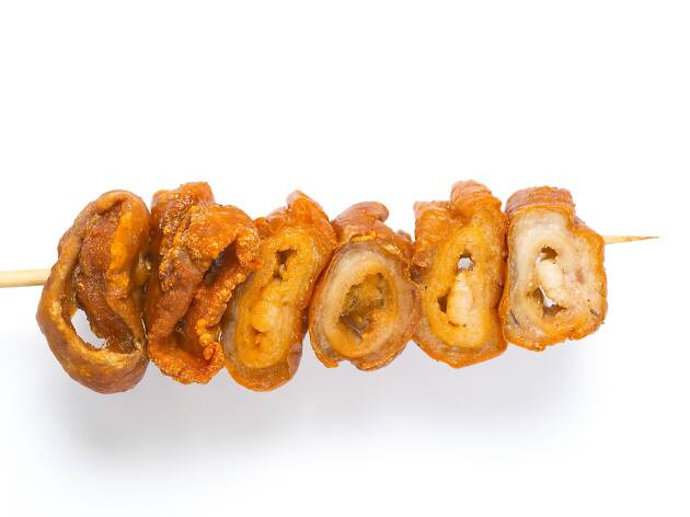 Deep-fried pig intestine