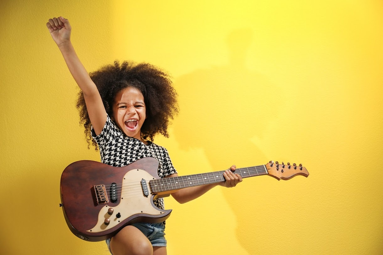 The best guitar lessons for kids in NYC