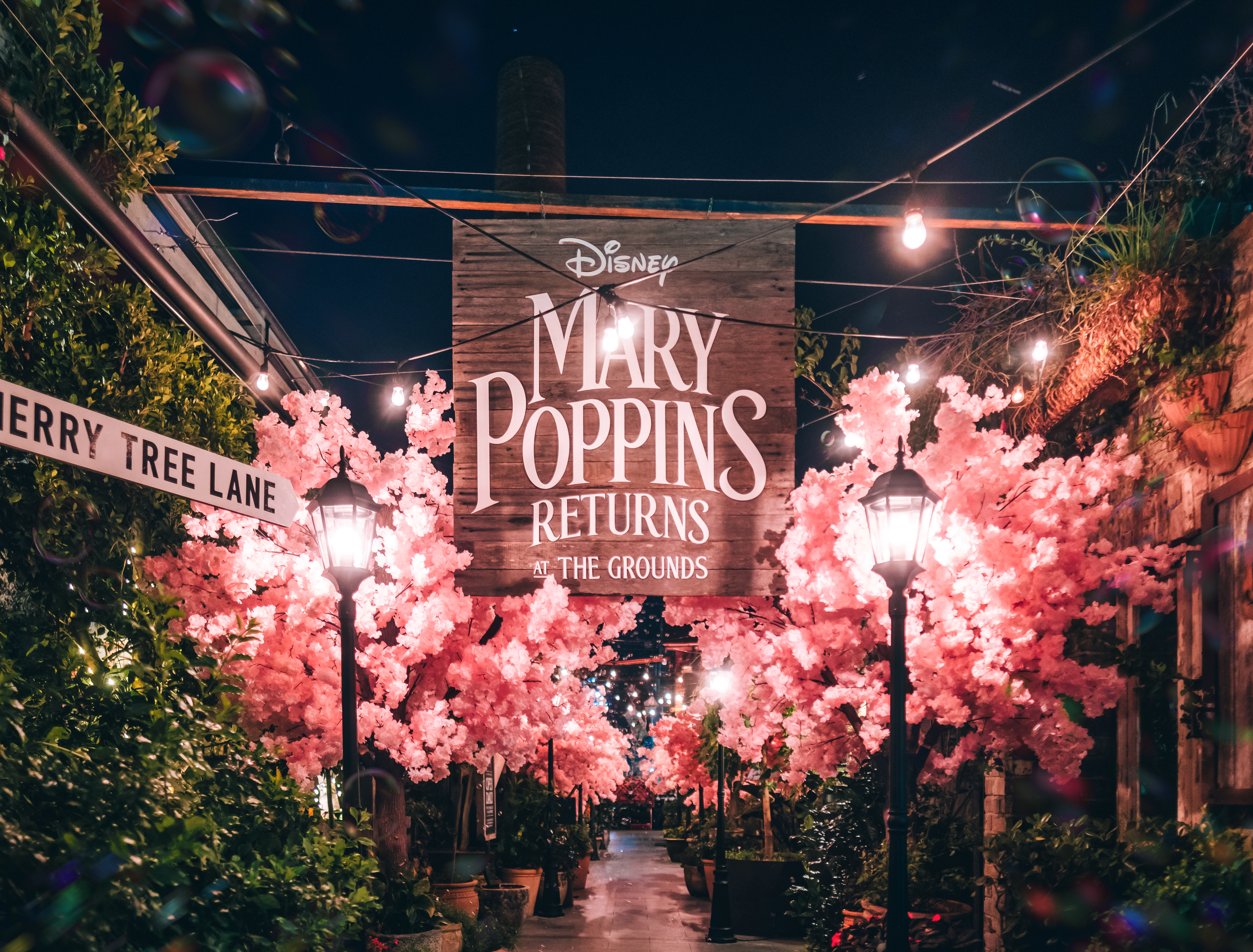 Marry Poppins pop-up.