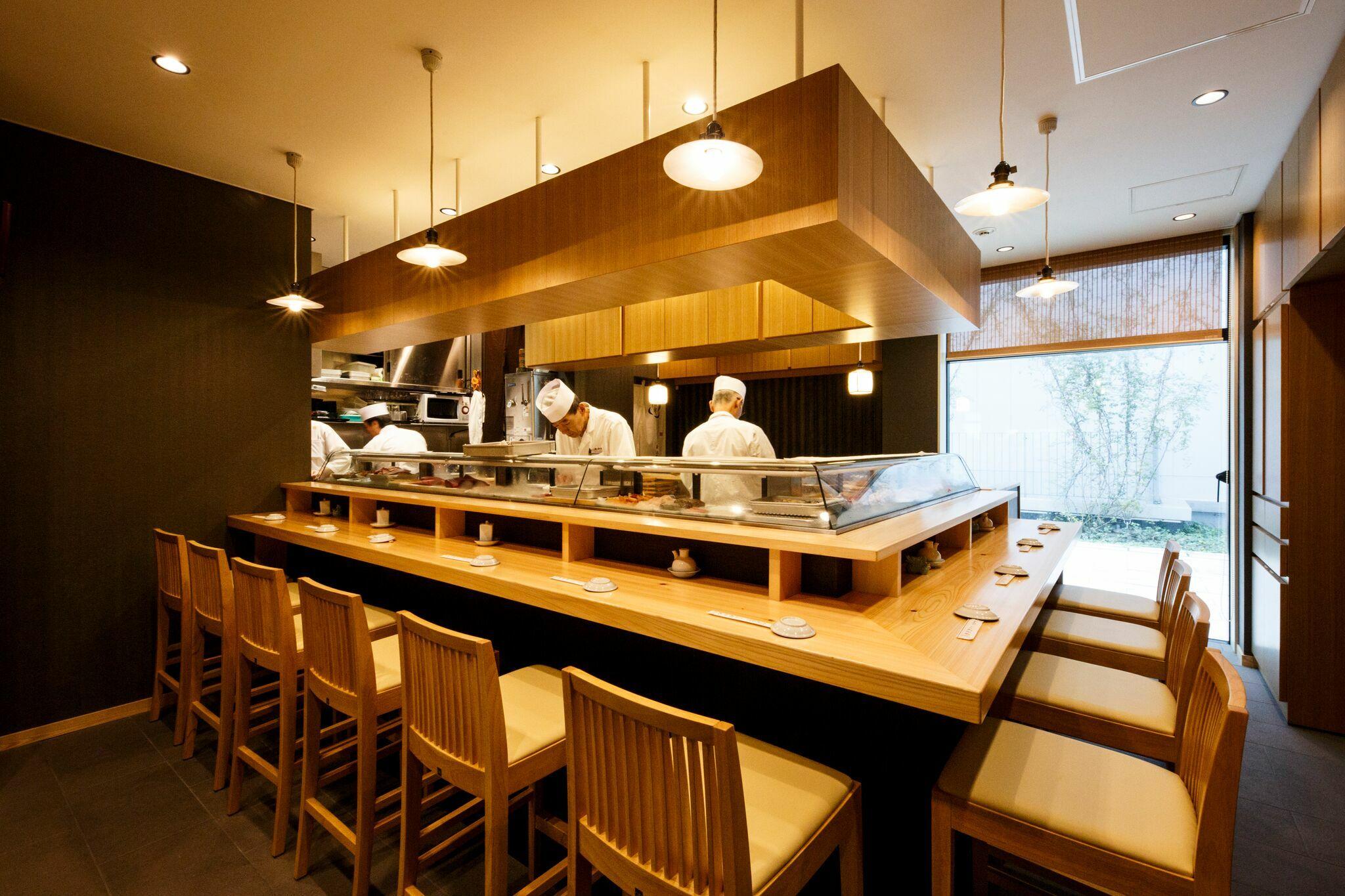 Best restaurants at Toyosu Market