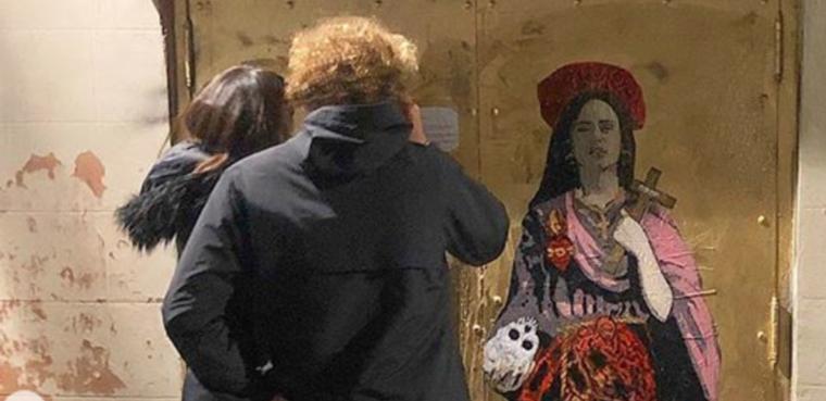 Rosalía feta Santa al Fossar de les Moreres