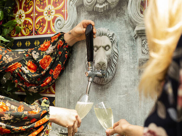 The Smith is getting Melbourne's first prosecco fountain