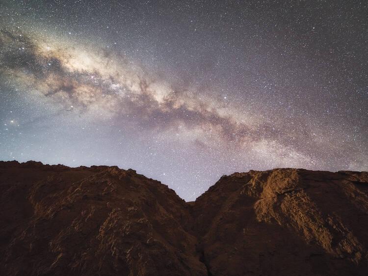 Depare-se com paisagens surpreendentes (e céu limpo) no Deserto do Atacama