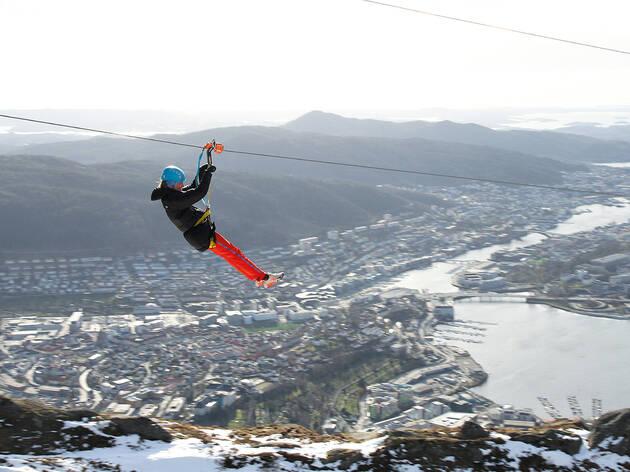 Tirolesa em Bergen