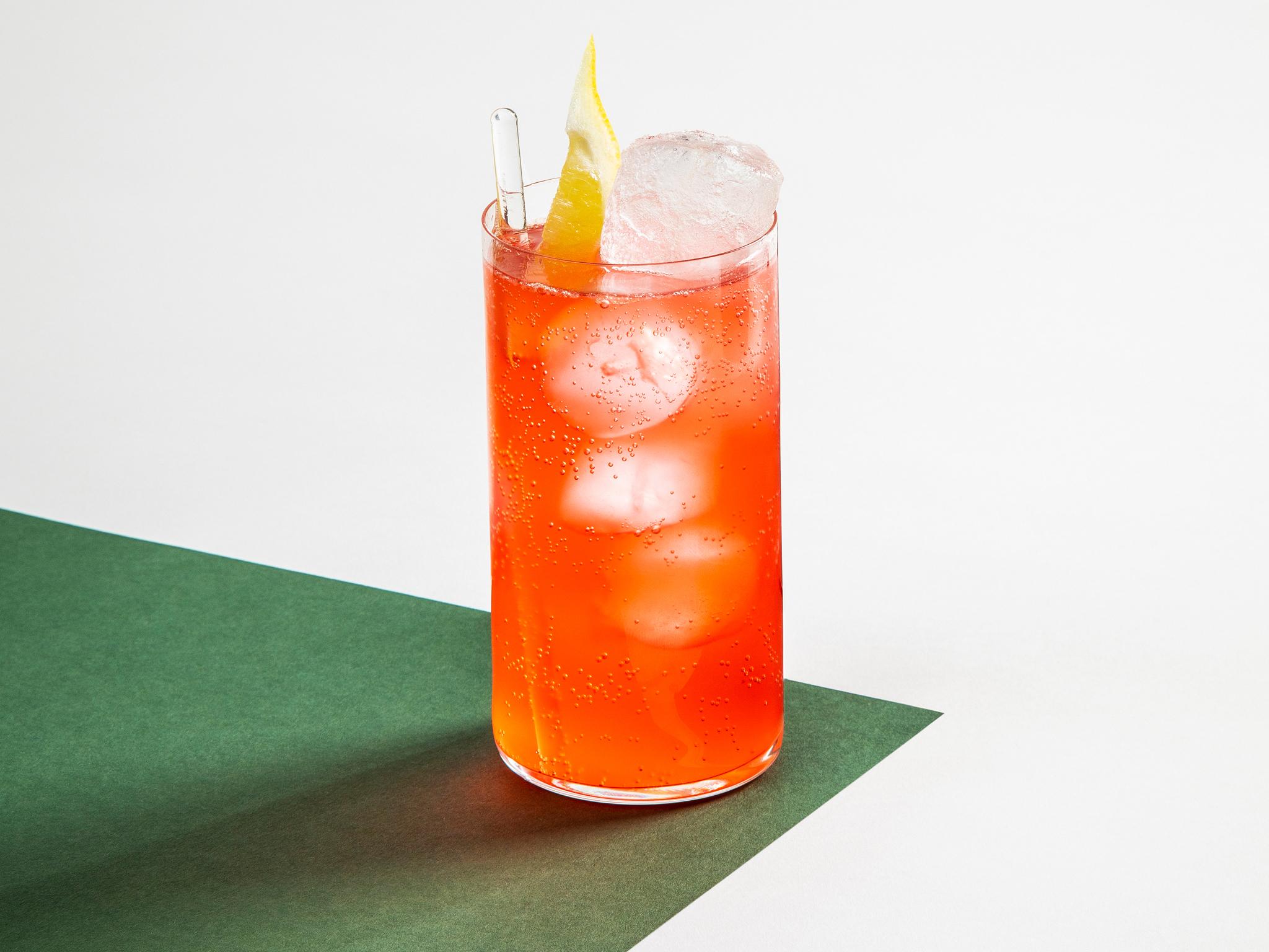 alcohol free cocktails, sling at bar three