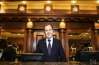 Malcolm Hendry, hotel manager