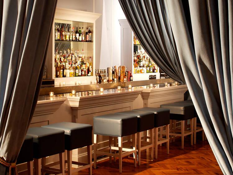 The best speakeasy bars in Chicago