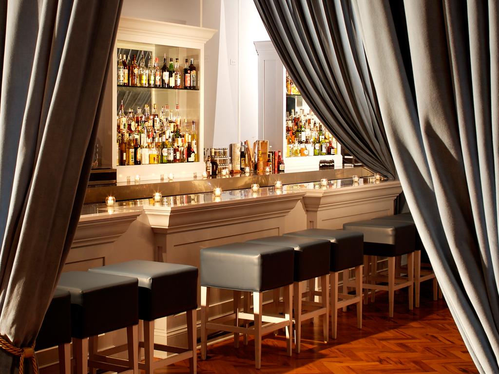 The best speakeasy bars in Chicago