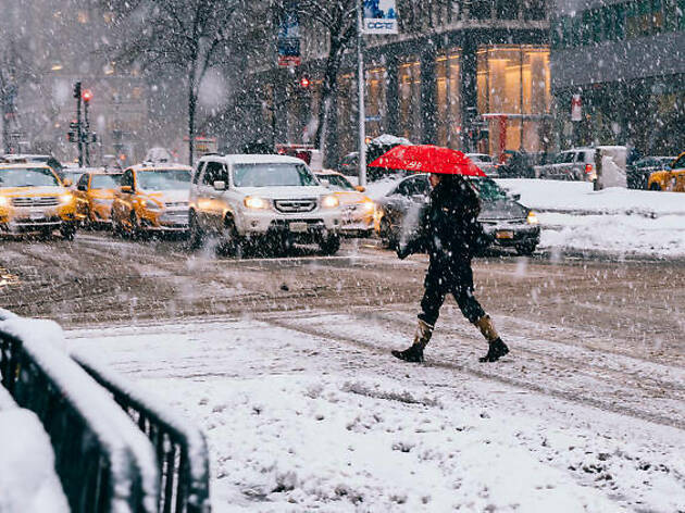 NYC weather forecast shows snow is on the horizon, so bundle up