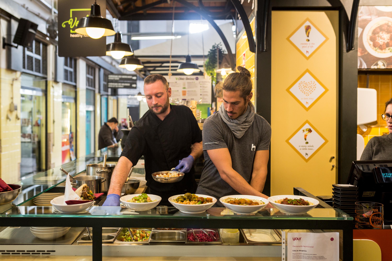 Hummus Bar, um cantinho em Campo de Ourique para comer hummus com tudo