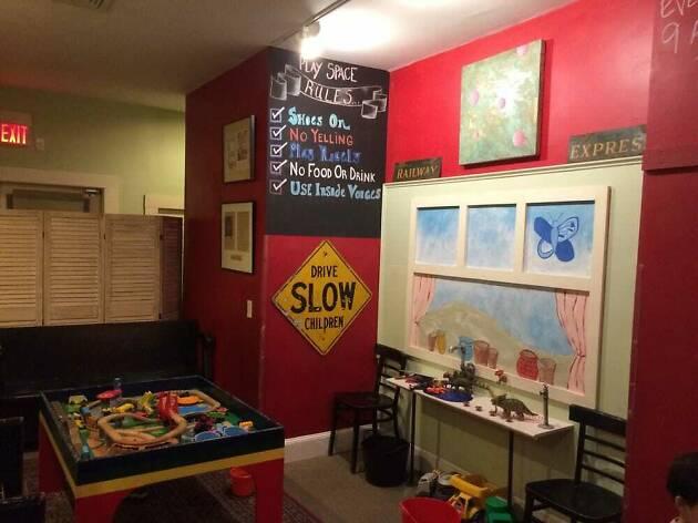 8 Best Kid Friendly Restaurants In Boston For Families