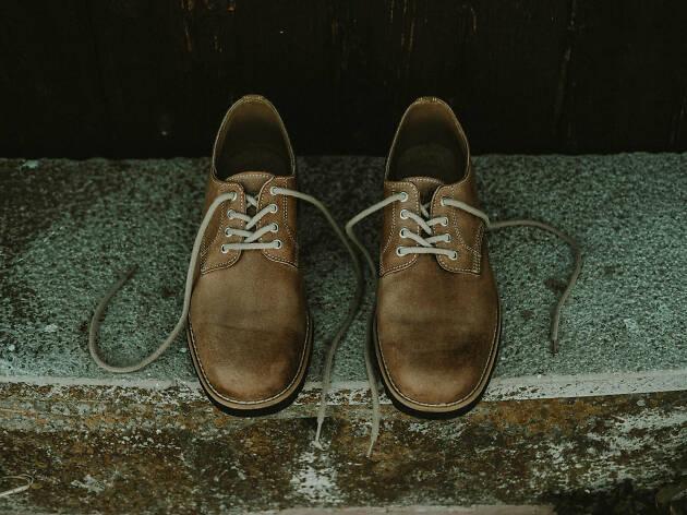 sapatos lobo apparel