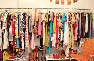Retrospect London Vintage Clothing Kilo Sale