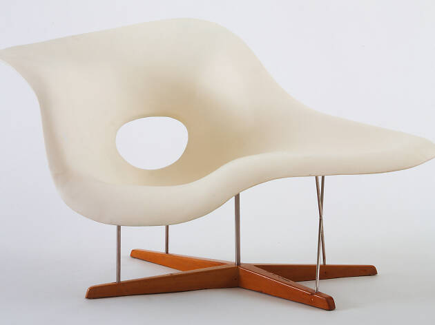 Charles Eames, Ray Eames, Prototype for Chaise Longue (La Chaise), 1948