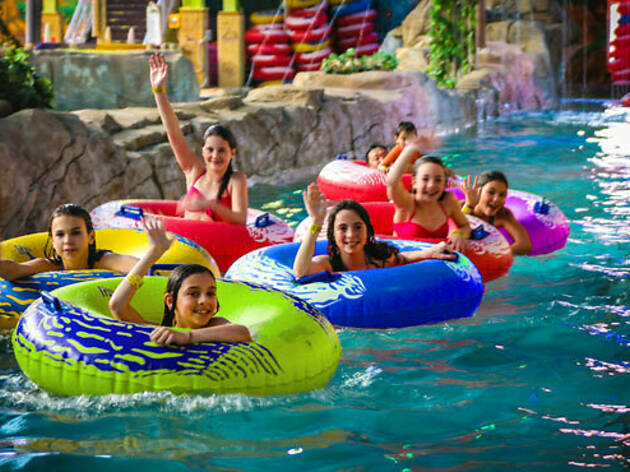 Best 8 Indoor Water Parks New York And Beyond Have To Offer