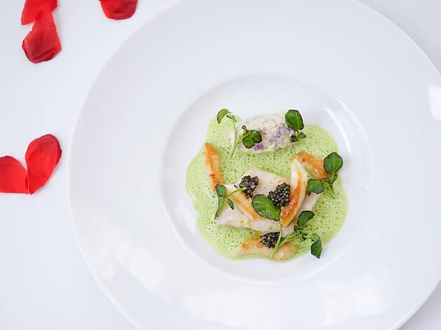 Le Pan - wild seabass and razor clams unite with cauliflower risotto