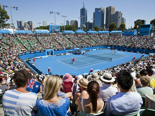 People watching tennis at Australian Open 2012