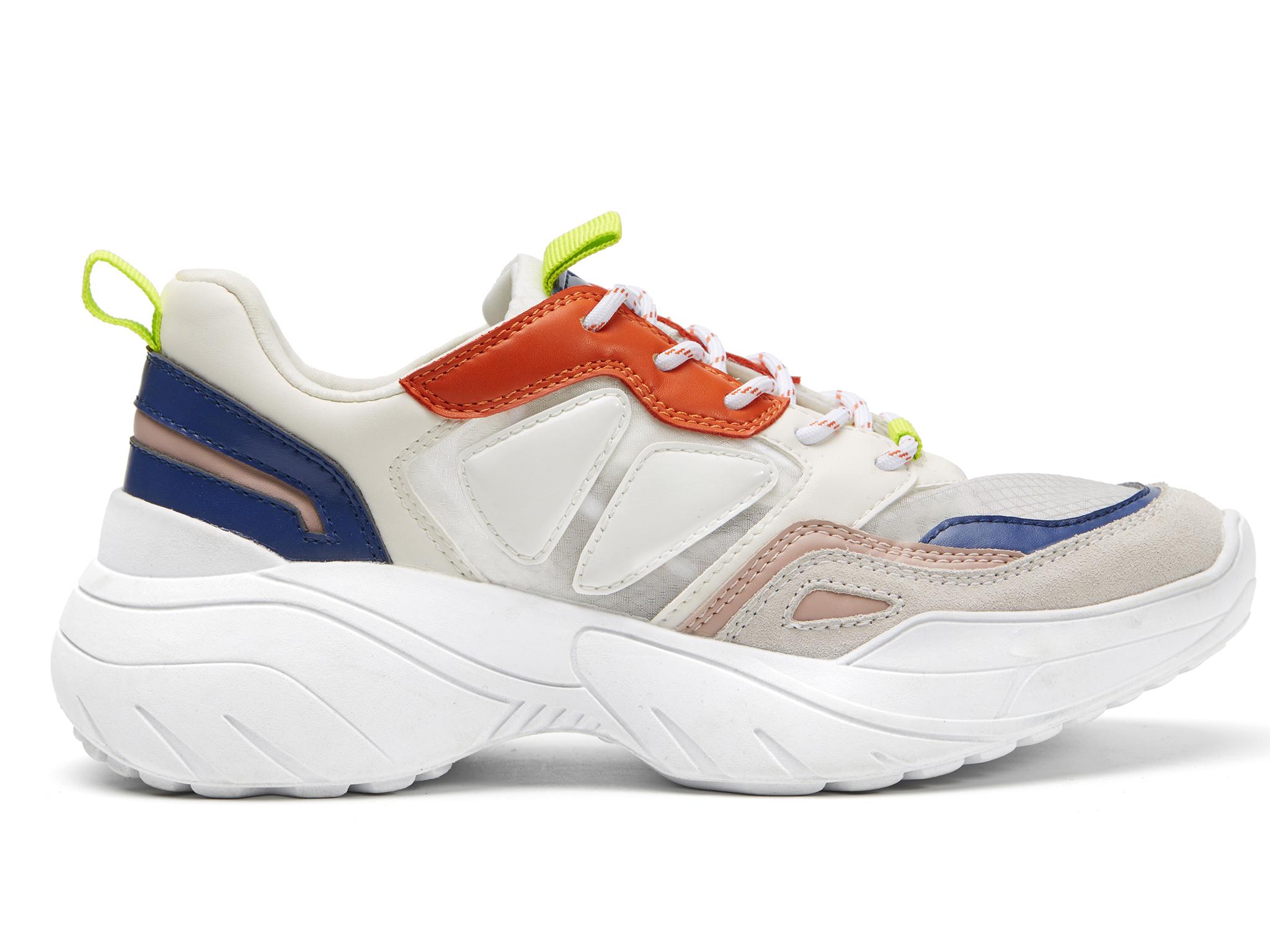 Los ugly sneakers de la marca Mango