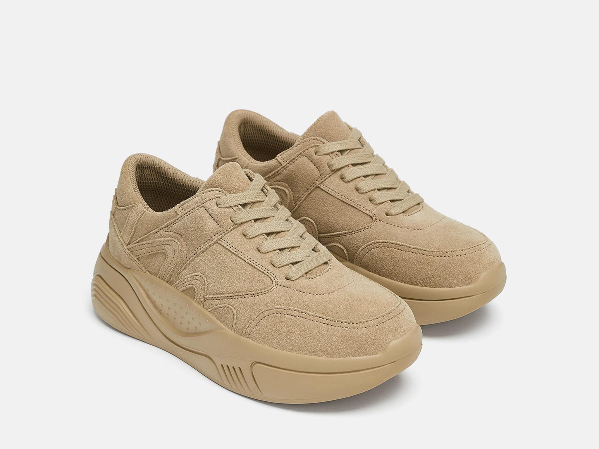 Los ugly sneakers de Zara