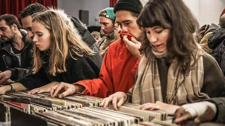 Une gigantesque vente de 13 000 vinyles va avoir lieu dans le 13e