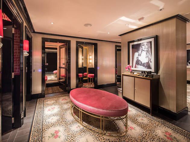 Victoria's Secret Changing Room