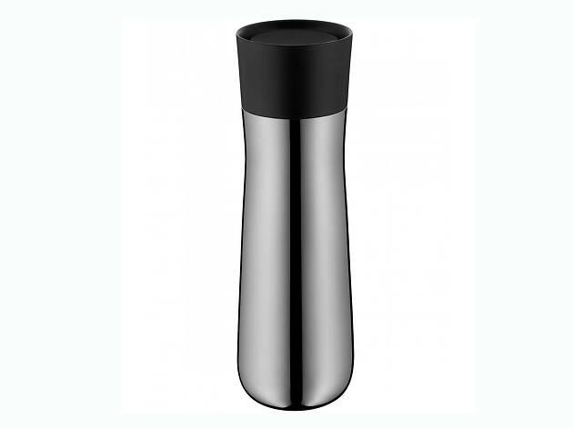 El diseño de termo  para café de WMF es clásico y elegante