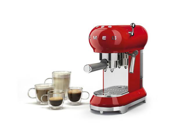 Máquina de Café Expresso Smeg Roja