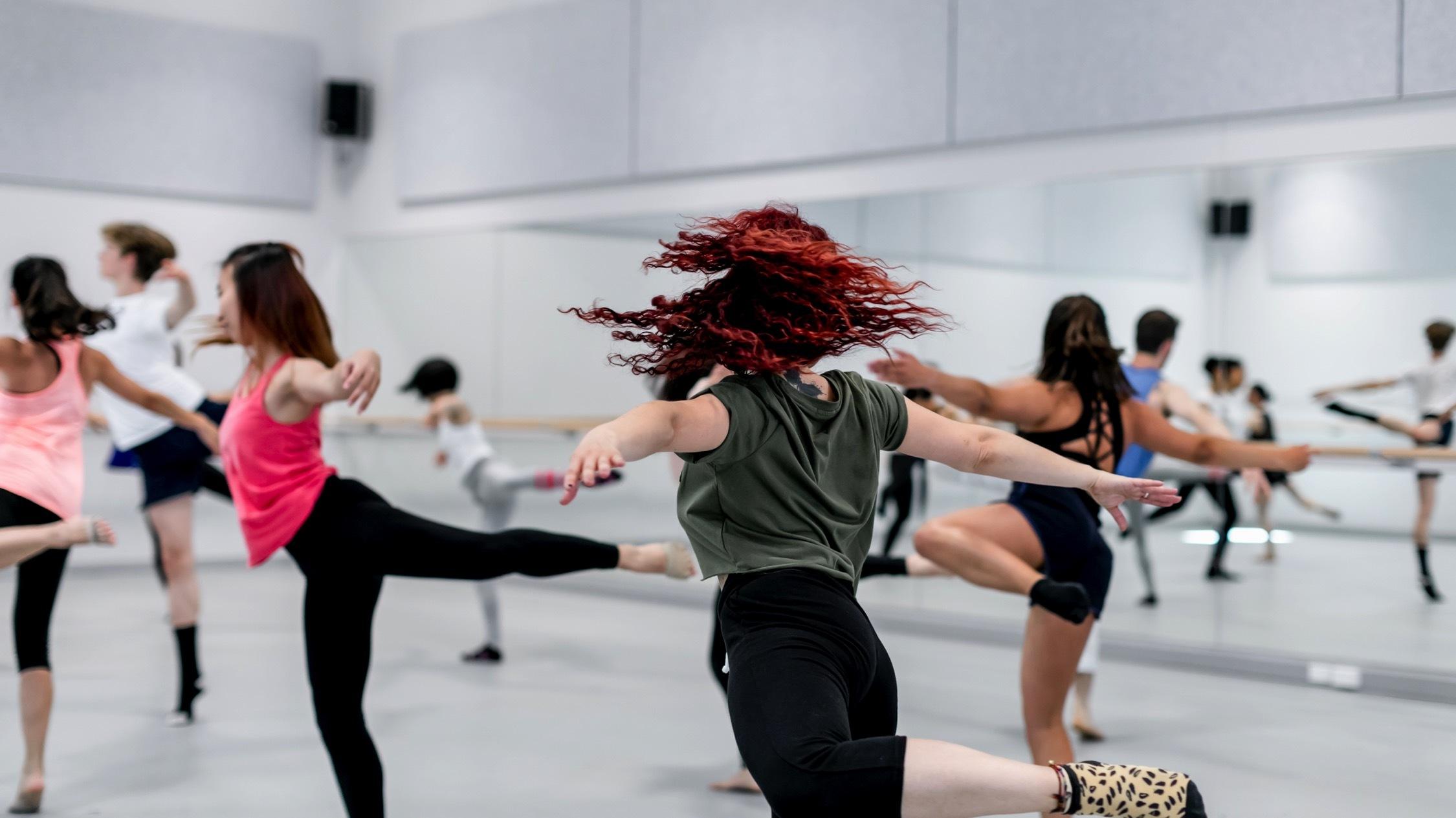 Sydney Dance Company Contemporary Beginner