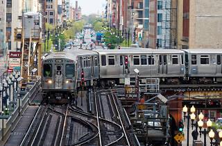 CTA train Loop