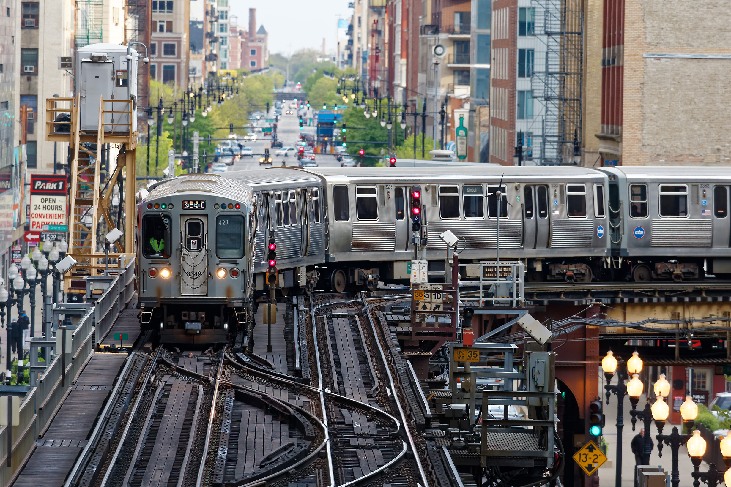 CTA train Loop