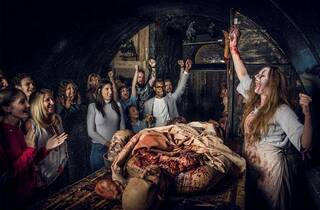 London Bridge Experience and London Tombs