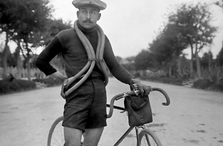 Ciclista, 1912