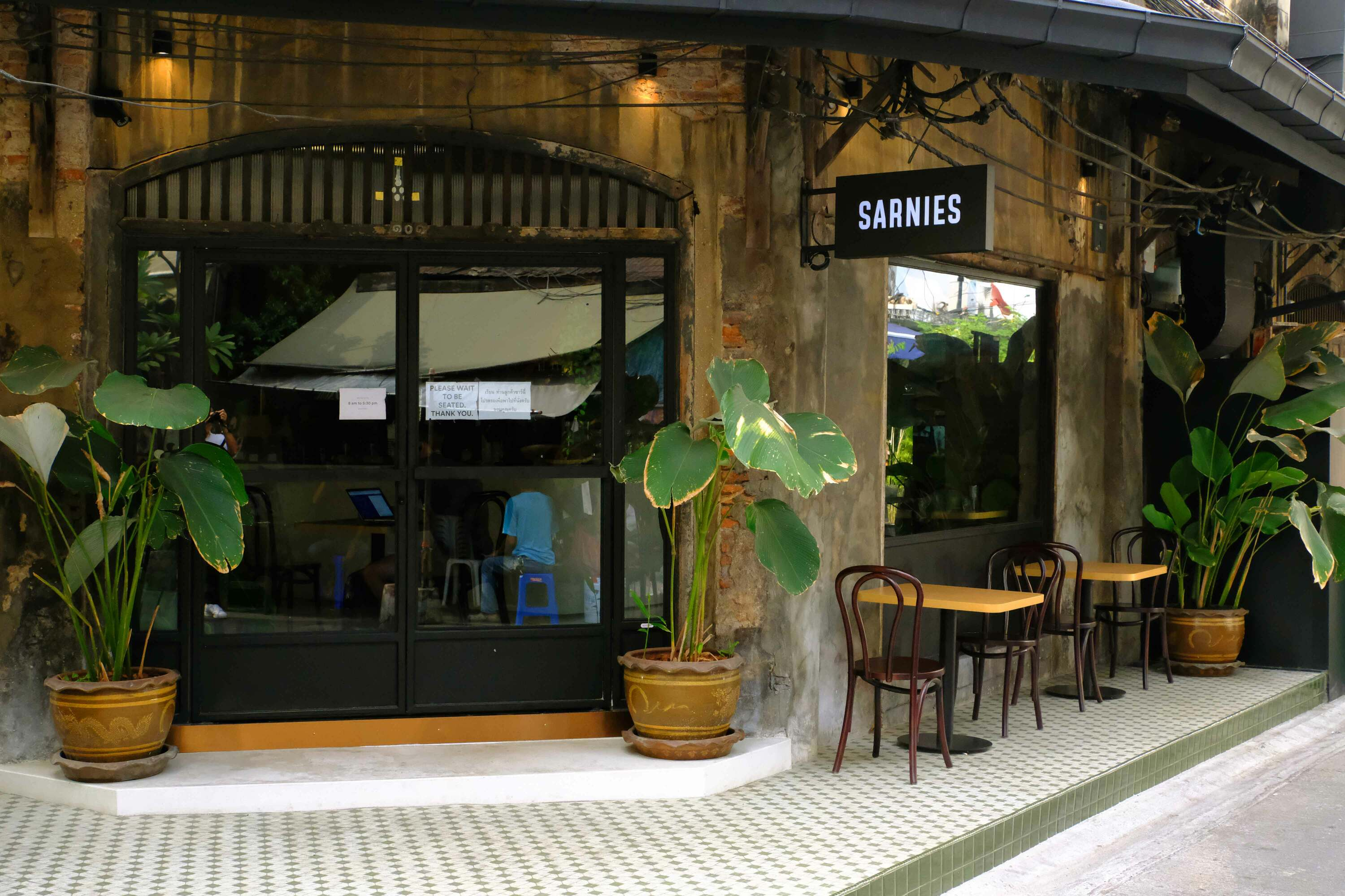 Best Restaurants And Cafes In Charoenkrung