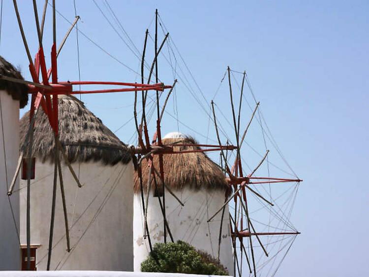 Prendre l'air et contempler les moulins à vent Mykonos