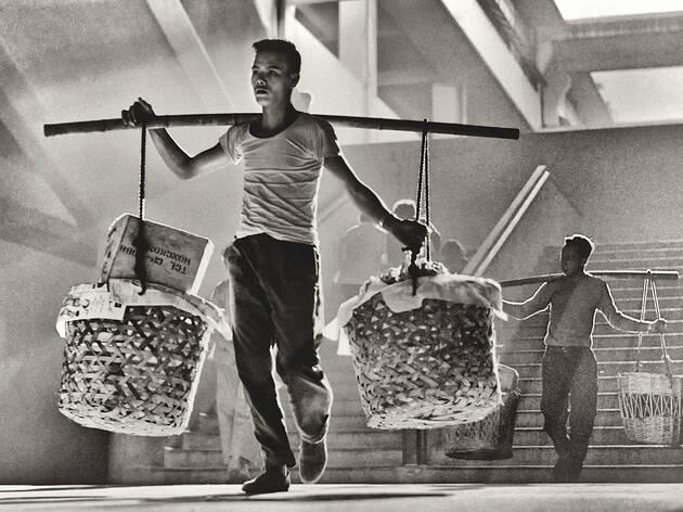 「念香港人的舊」何藩攝影展