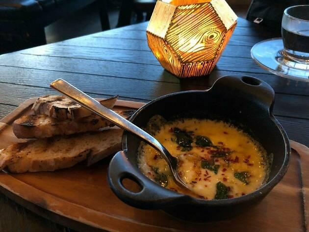 Alto cheese fondue starter