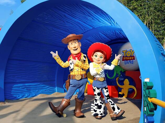 Disneyland - Woody and Jessie