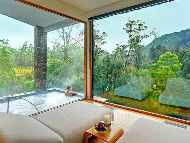 Qantas Hotels Peppers Cradle Mountain Lodge