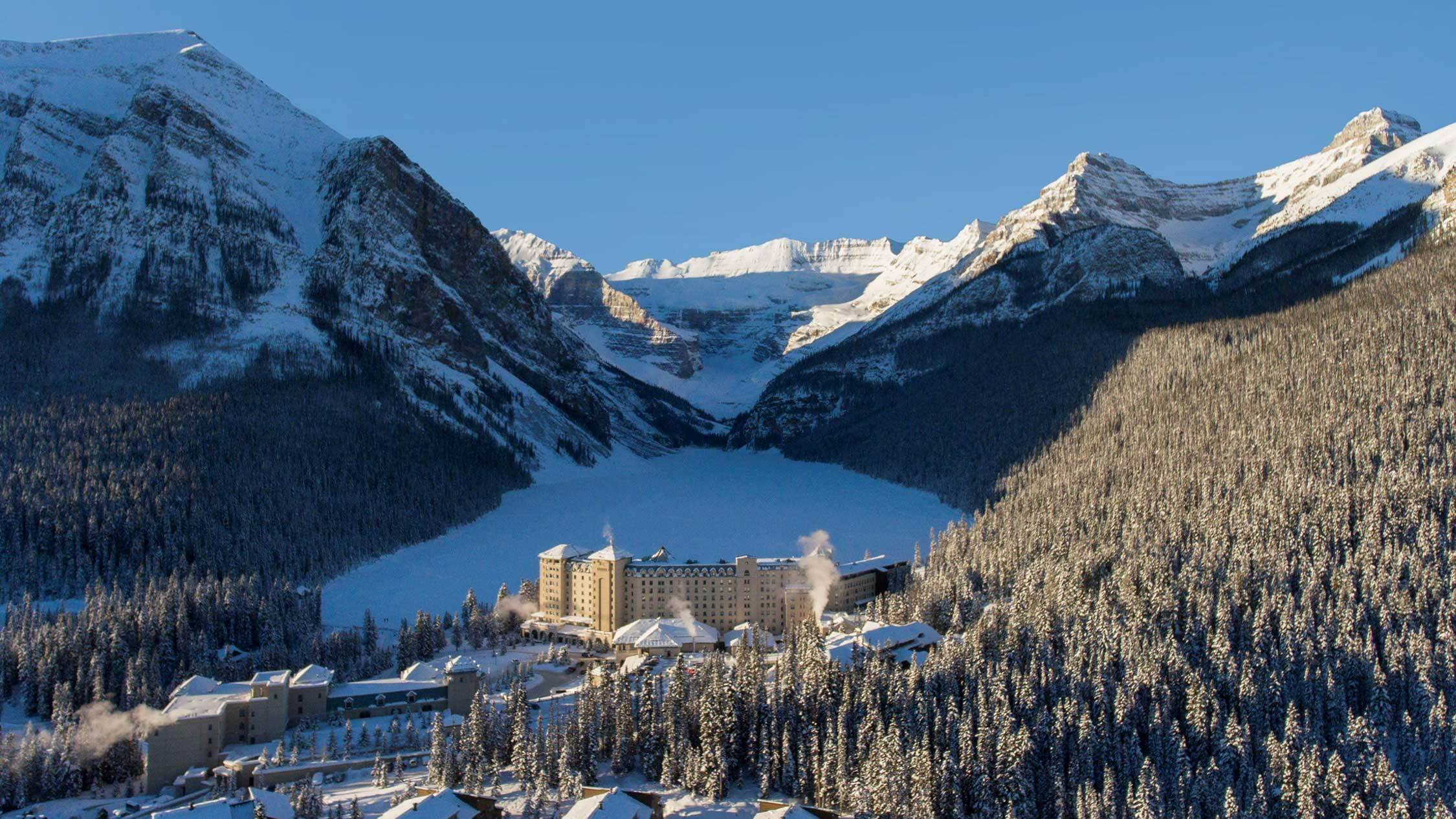 Qantas Hotels Fairmont Chateau Lake Louise