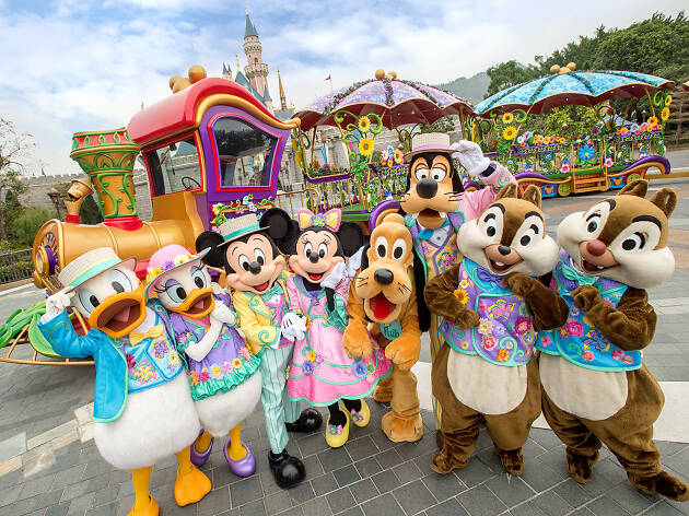 Hong Kong Disneyland: Ultimate Guide