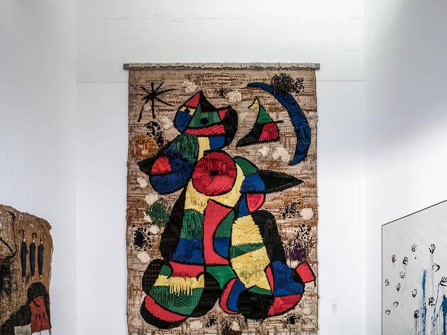 Súper descompte a la Miró per la restauració del 'Tapís de la Fundació'