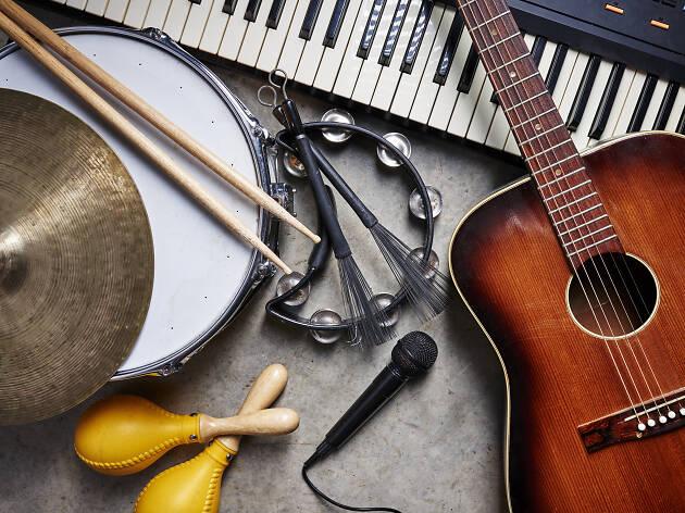Musical_Instruments_Shuttlestock