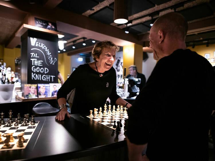Oslo's chess bar