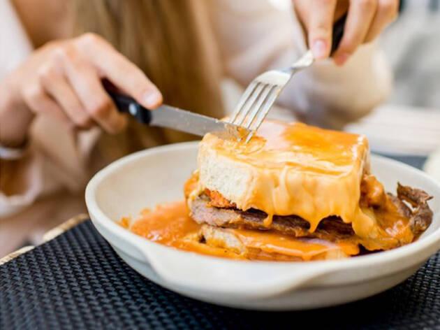 Clássicos da Cozinha Portuguesa – A Francesinha