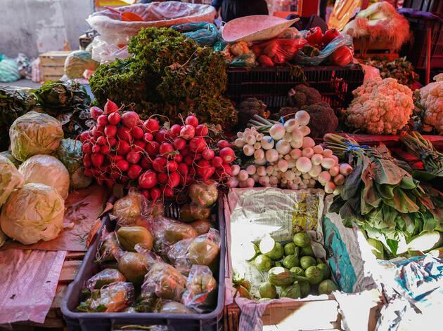 Mercado Tláhuac, comida y productos locales