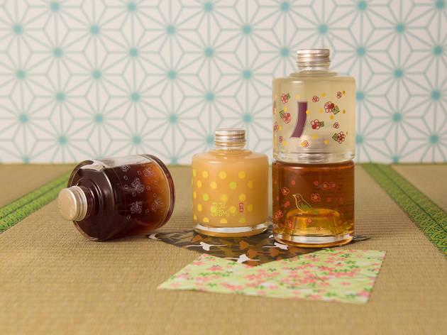 Umeshuya Stacking Bottle Yuzushu and Umeshu Set