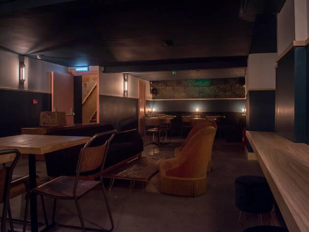 Fanny's Bar