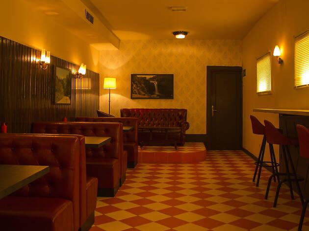 Estupenda Café Bar