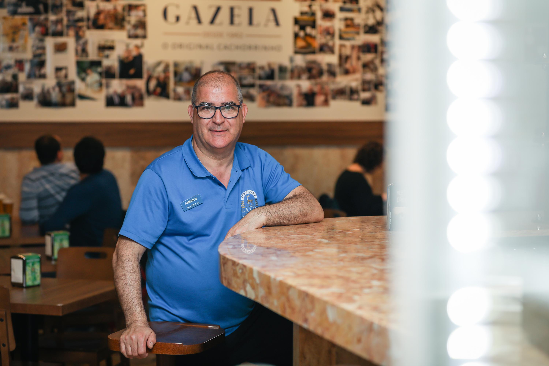 Américo Pinto, Gazela