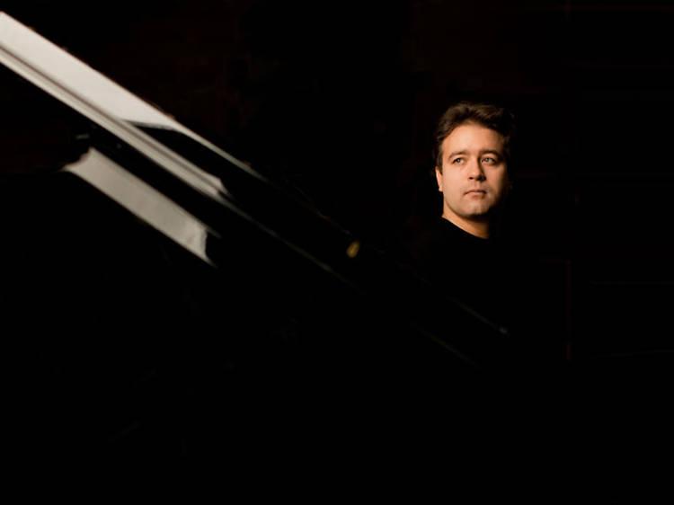 Dez concertos para piano que tem de ouvir